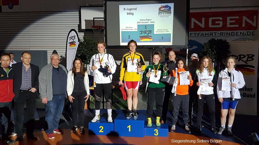 Gold für Sidney Bogun bei den Deutschen Meisterschaften im Ringen